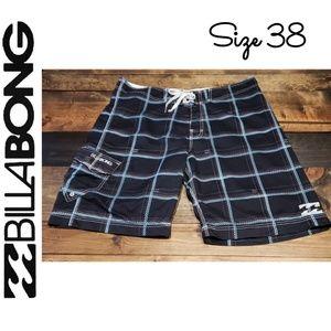 Billabong Men's Swim Short Size 38 EUC Black Blue